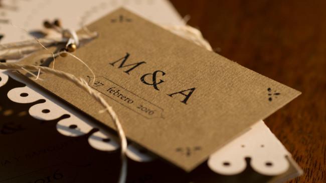 Boletos con iniciales de los novios para invitación de boda rústica UNIO